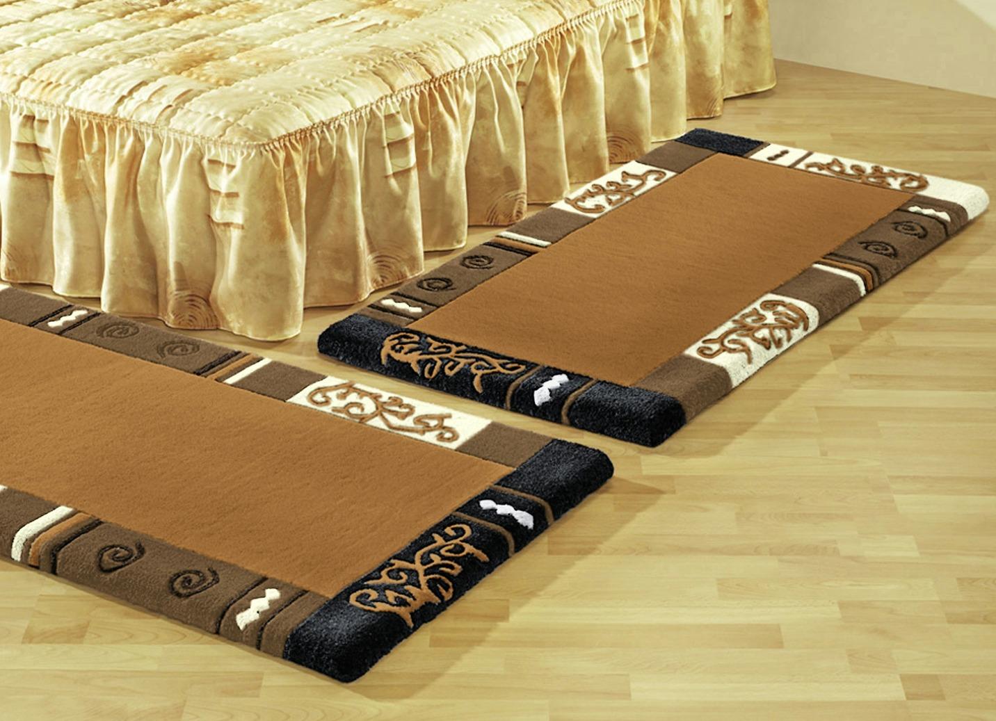Brücken, Teppiche und Bettumrandungen  Tapijten  BADER